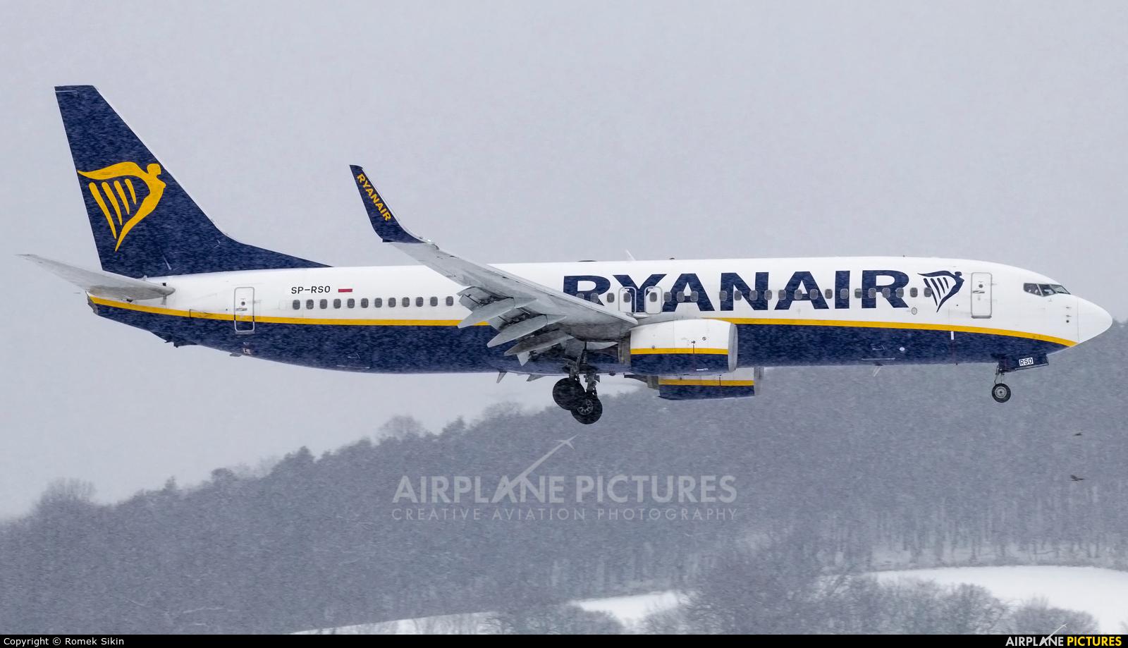Ryanair Sun SP-RSO aircraft at Kraków - John Paul II Intl