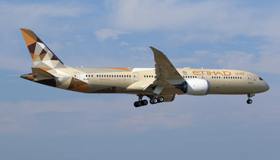 A6-BLL - Etihad Airways Boeing 787-9 Dreamliner