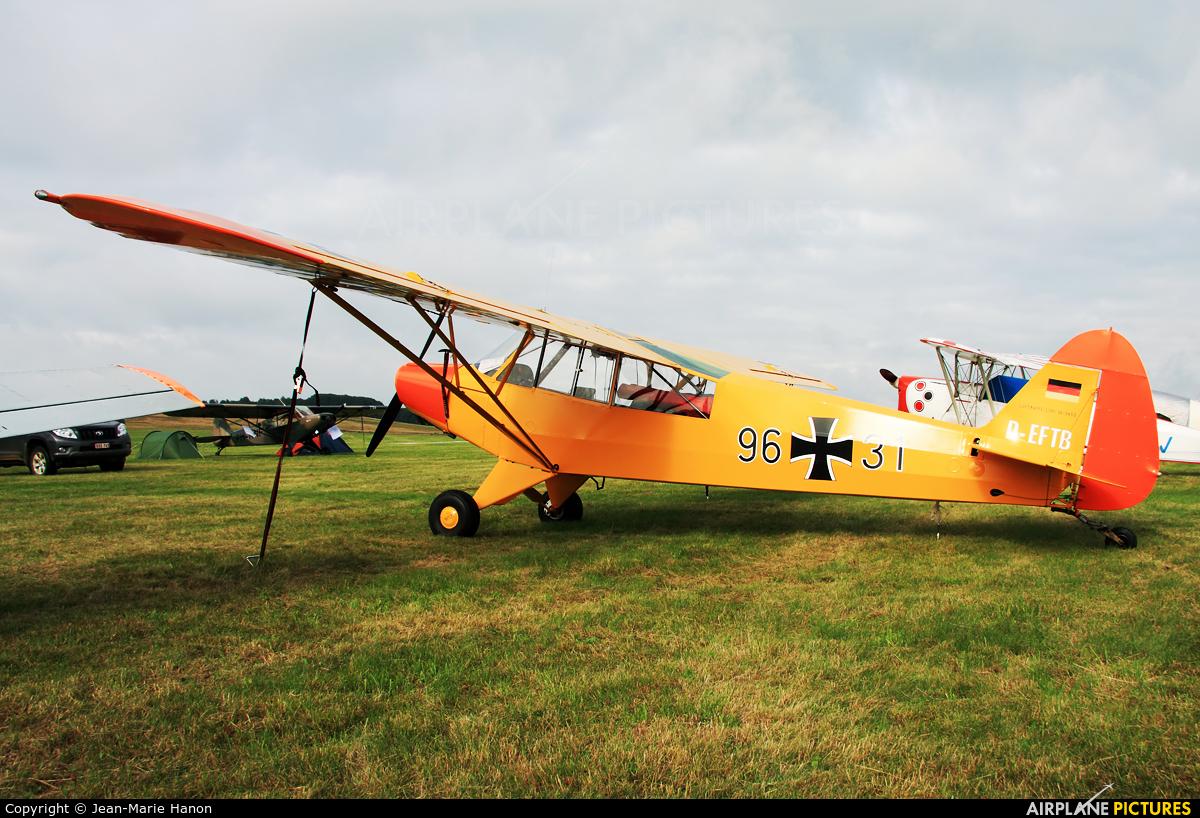 Private D-EFTB aircraft at Diest Schaffen