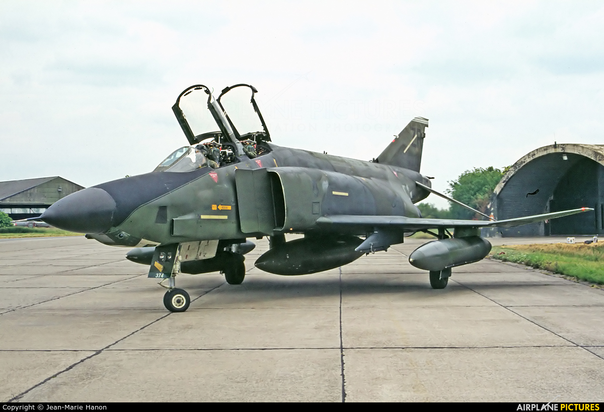 USA - Air Force 69-0374 aircraft at Liège-Bierset