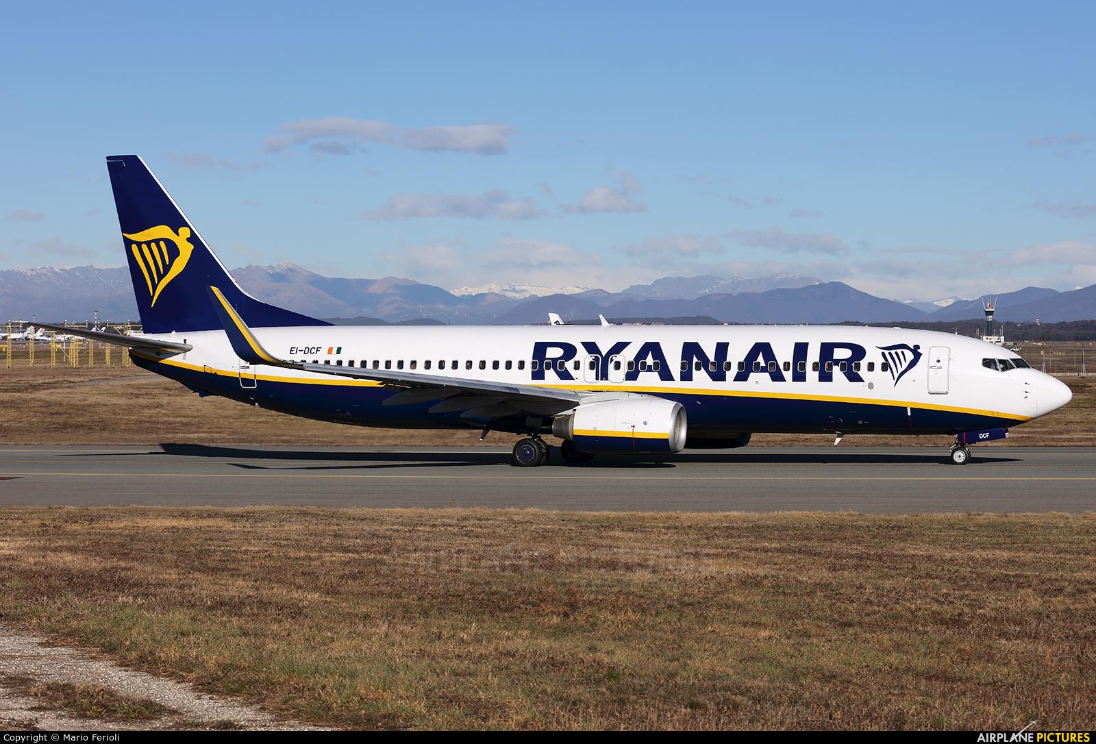 Ryanair EI-DCF aircraft at Milan - Malpensa