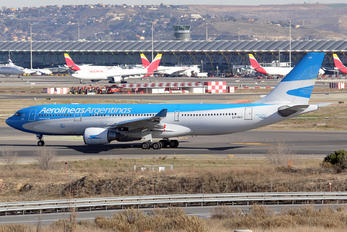 LV-GKO - Aerolineas Argentinas Airbus A330-200
