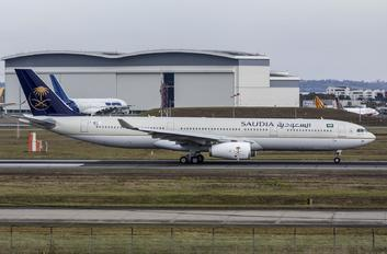 F-WWYV - Saudi Arabian Airlines Airbus A330-300