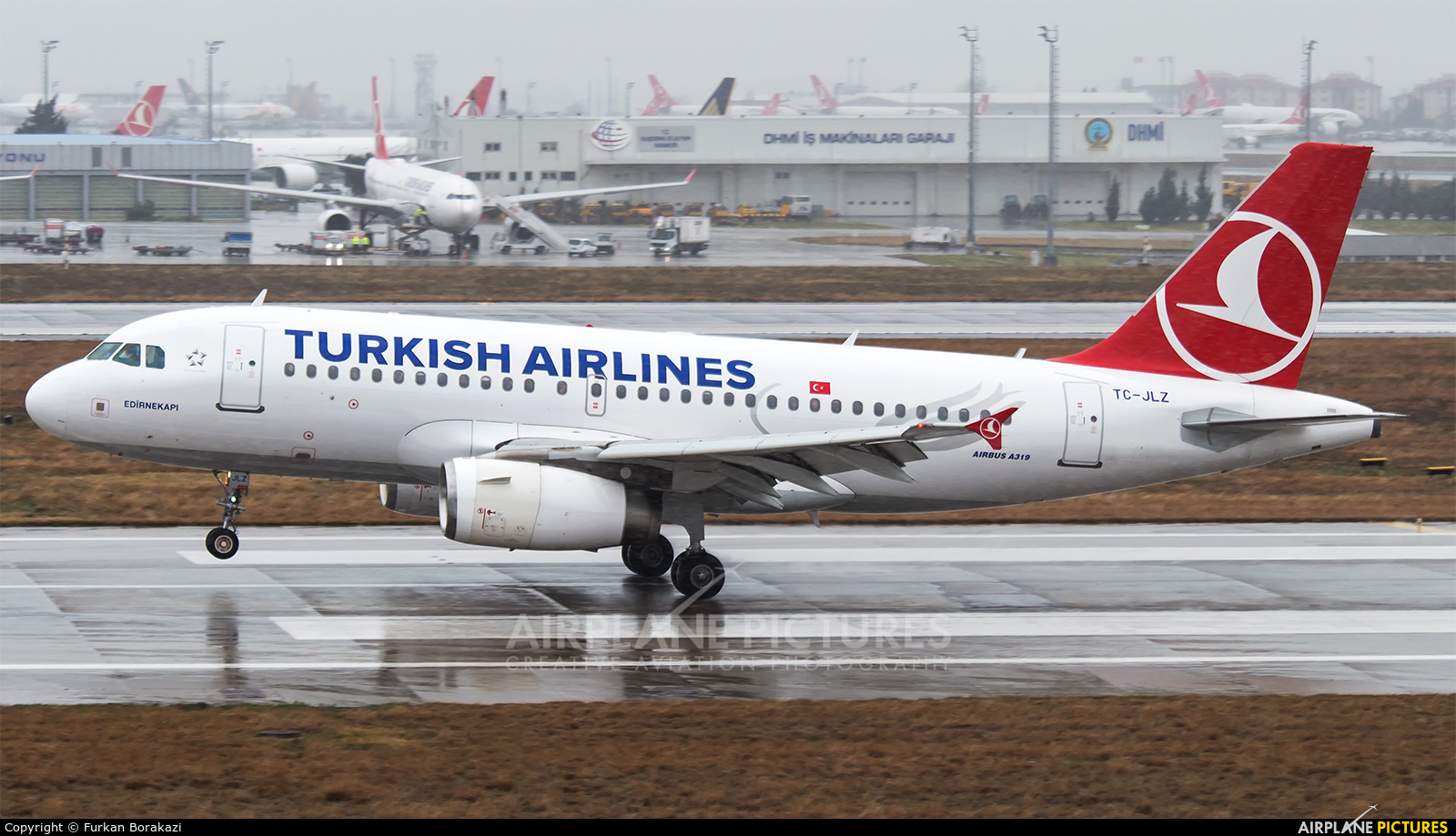 Turkish Airlines TC-JLZ aircraft at Istanbul - Ataturk