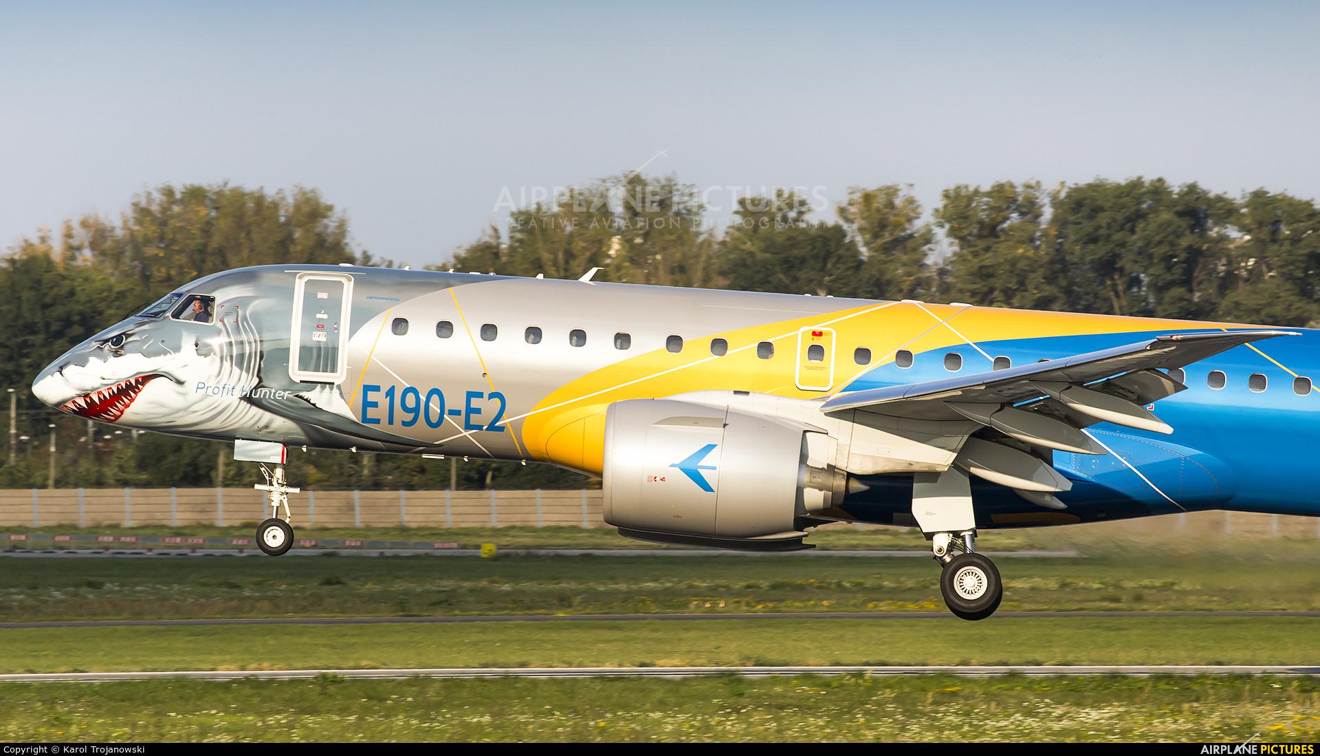 Embraer PR-ZGQ aircraft at Warsaw - Frederic Chopin