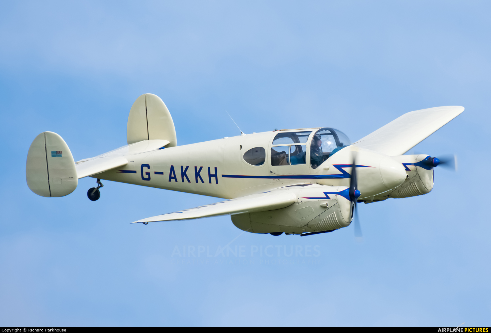 Private G-AKKH aircraft at Old Warden