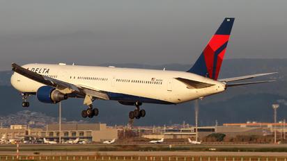 N843MH - Delta Air Lines Boeing 767-400ER