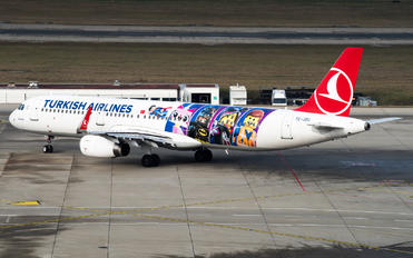 TC-JSU - Turkish Airlines Airbus A321