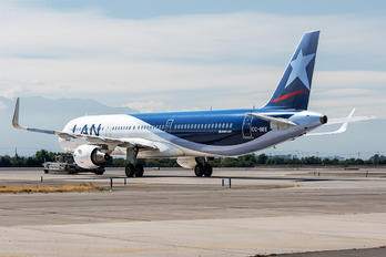 CC-BEE - LAN Airlines Airbus A321