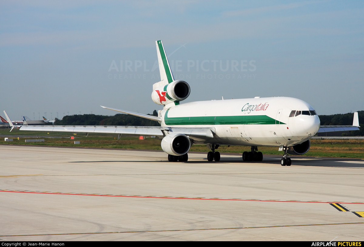 Cargo Italia EI-UPI aircraft at Liège-Bierset