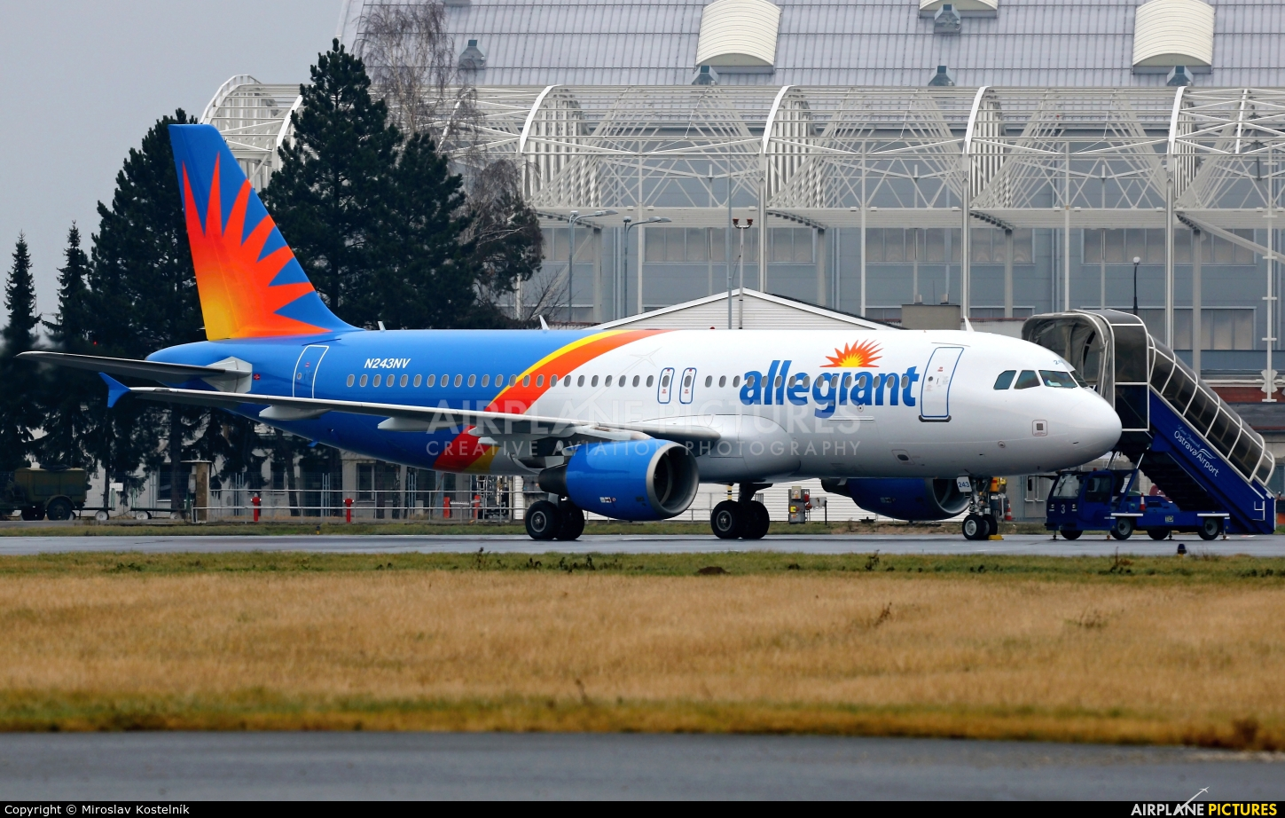 Allegiant Air N243NV aircraft at Ostrava Mošnov