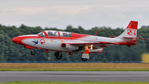 3H-1708 - Poland - Air Force: White & Red Iskras PZL TS-11 Iskra aircraft