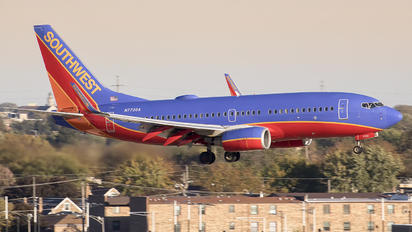 N7736A - Southwest Airlines Boeing 737-700