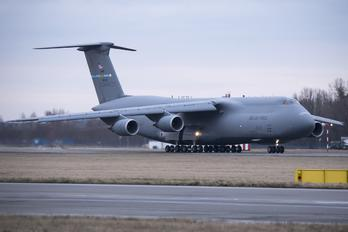86-0025 - USA - Air Force Lockheed C-5M Super Galaxy