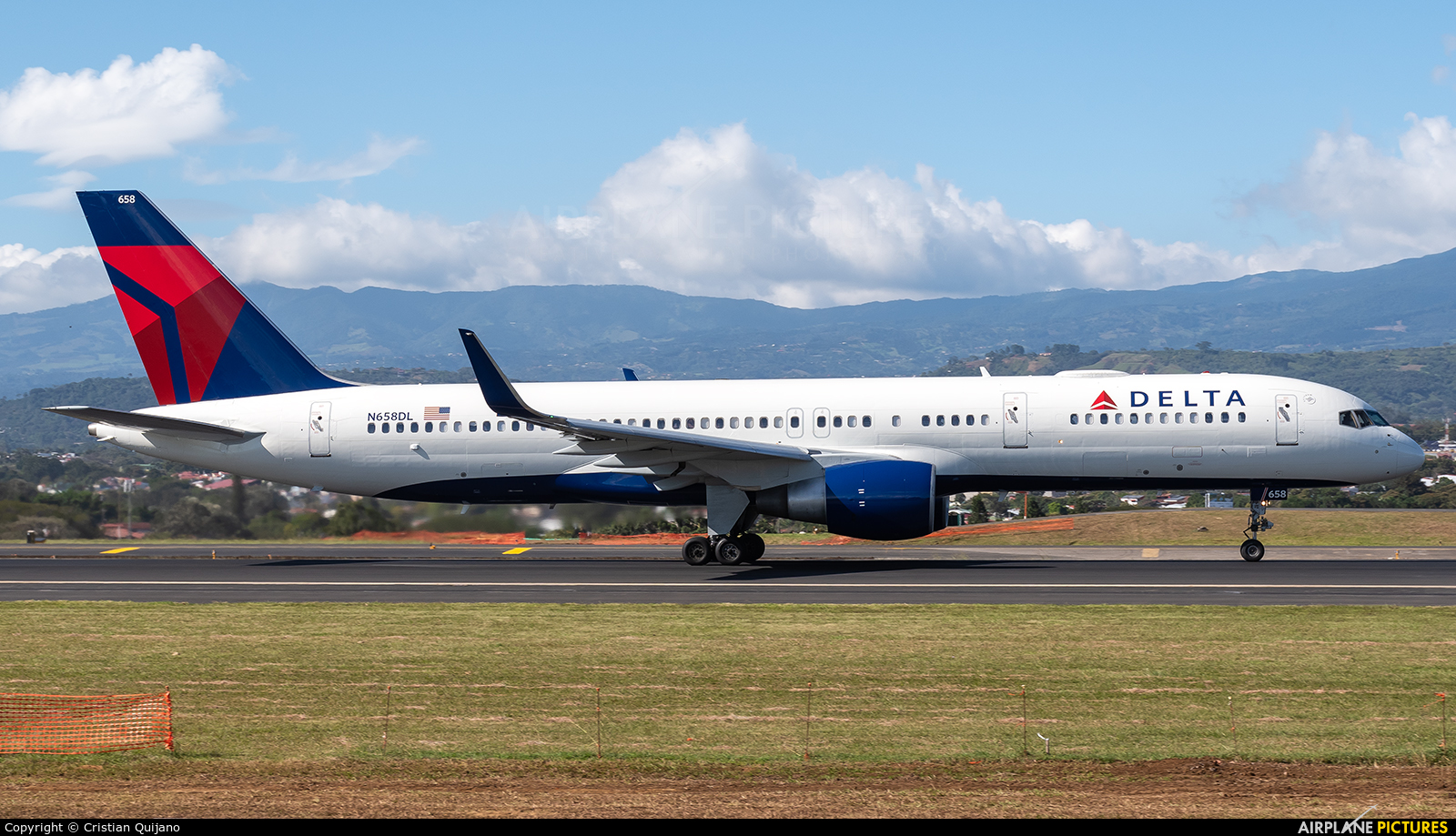 Delta Air Lines N658DL aircraft at San Jose - Juan Santamaría Intl