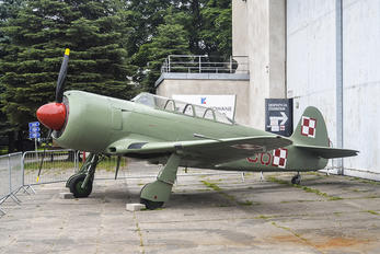 36 - Poland - Air Force Yakovlev Yak-11