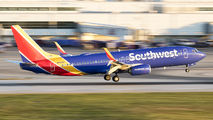 N8562Z - Southwest Airlines Boeing 737-800 aircraft