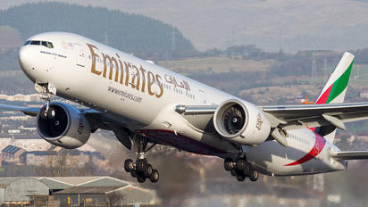A6-EPT - Emirates Airlines Boeing 777-300ER