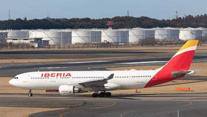 EC-MKJ - Iberia Airbus A330-200