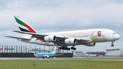 A6-EOG - Emirates Airlines Airbus A380