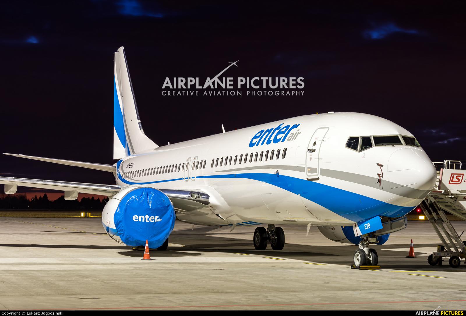 Enter Air SP-EXB aircraft at Warsaw - Frederic Chopin