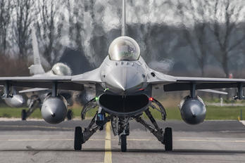 J-005 - Netherlands - Air Force General Dynamics F-16A Fighting Falcon