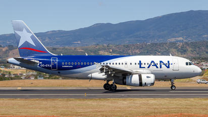 CC-CYJ - LAN Airlines Airbus A319
