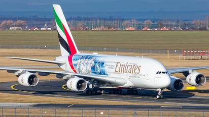 A6-EUW - Emirates Airlines Airbus A380