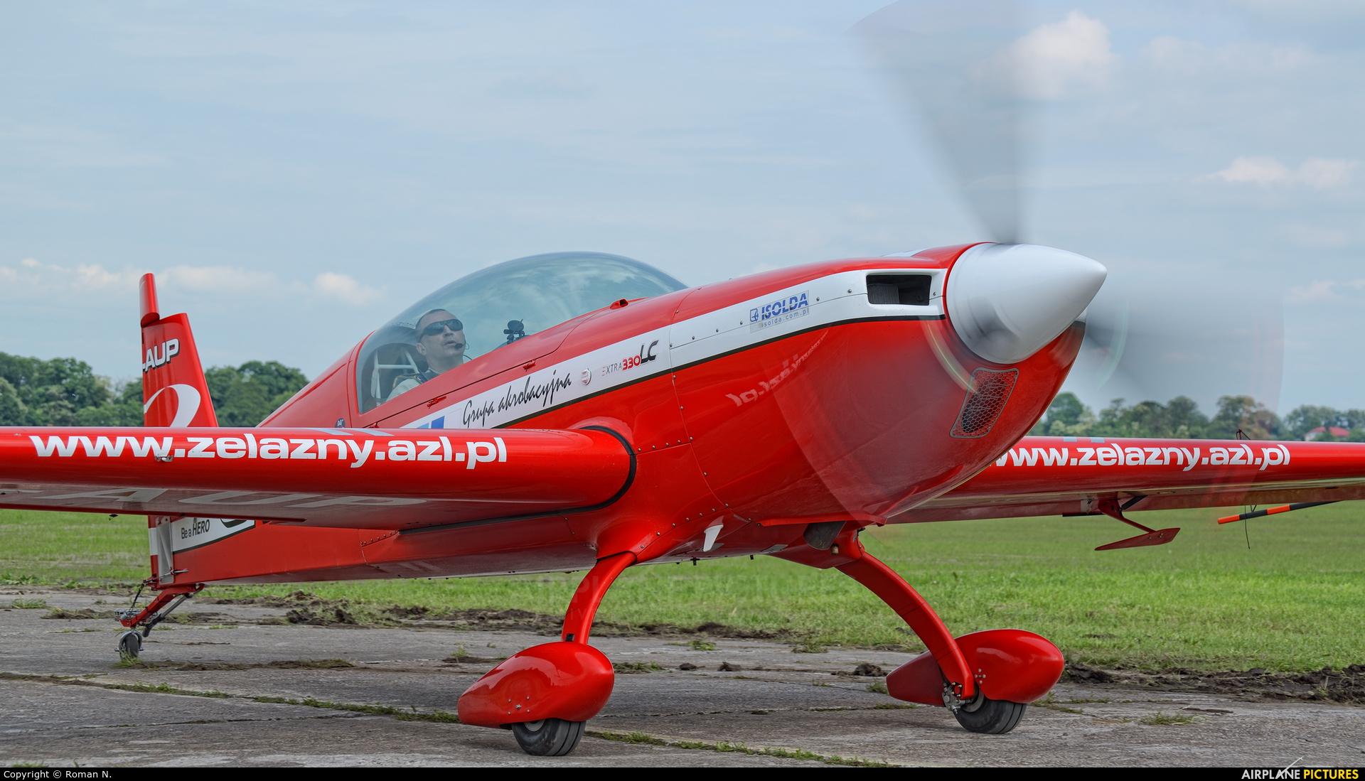 Grupa Akrobacyjna Żelazny - Acrobatic Group SP-AUP aircraft at Płock