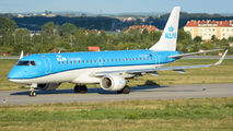 KLM Cityhopper PH-EZF image