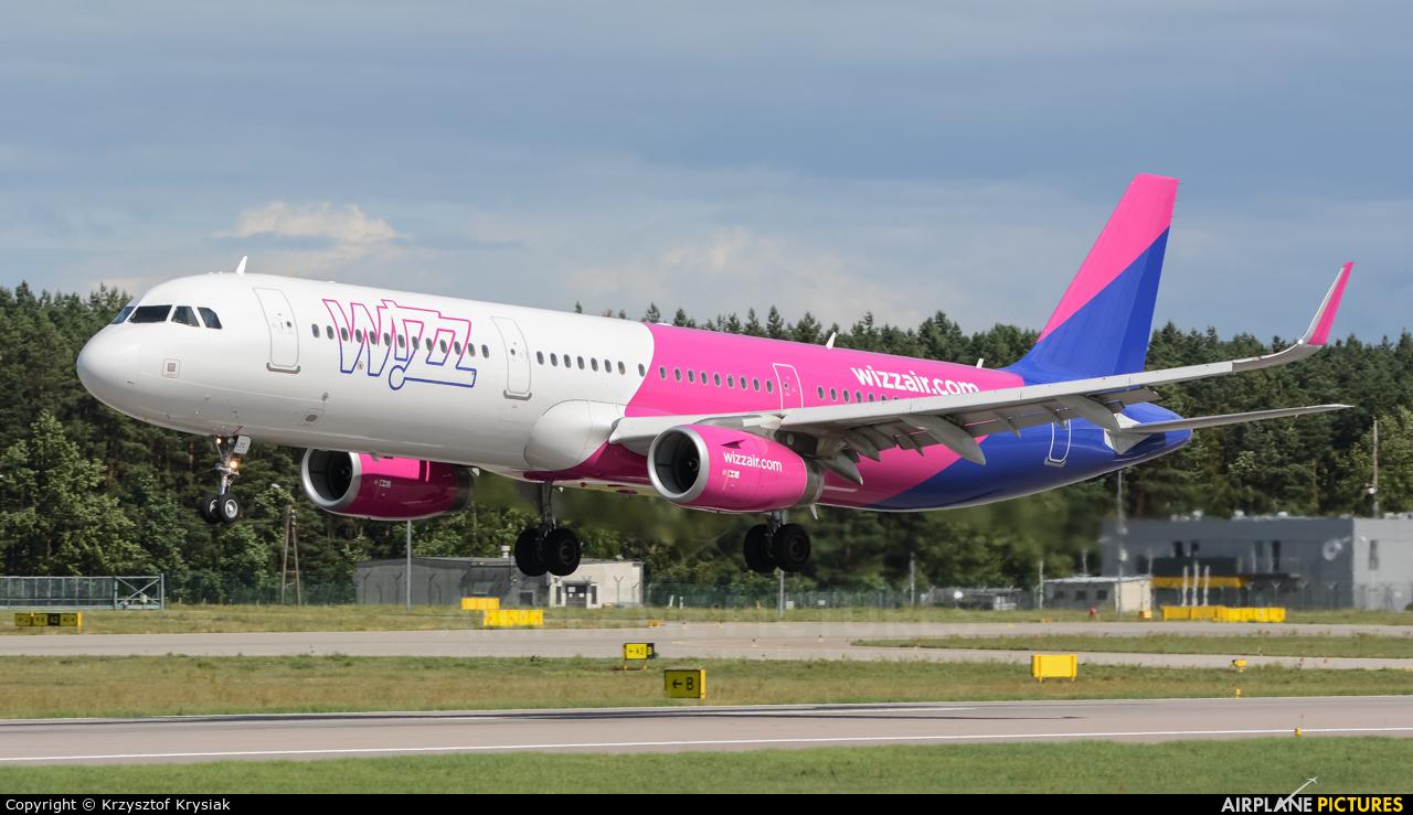 Wizz Air HA-LTC aircraft at Gdańsk - Lech Wałęsa