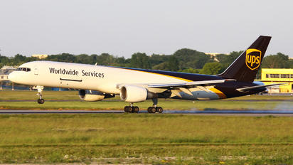 N433UP - UPS - United Parcel Service Boeing 757-200F
