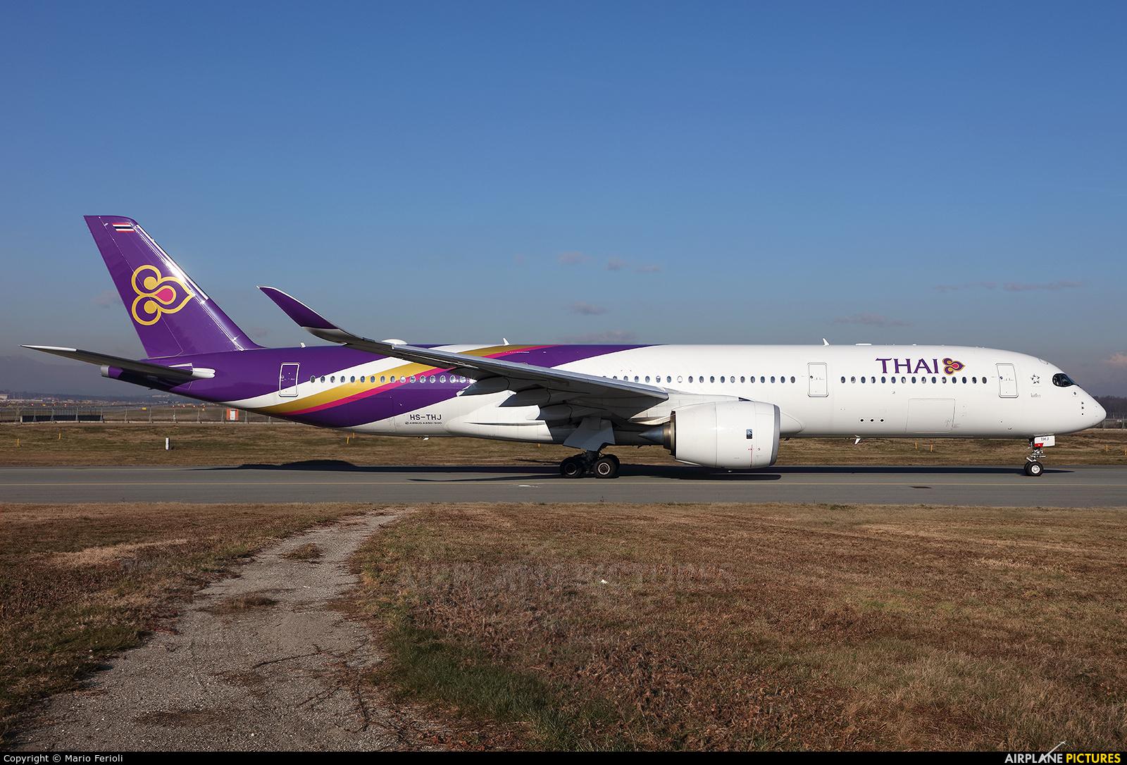 Thai Airways HS-THJ aircraft at Milan - Malpensa