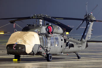 16-20891 - USA - Army Sikorsky UH-60M Black Hawk