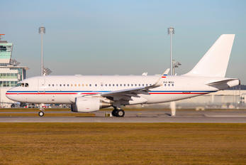 P4-MGU - Global Jet Luxembourg Airbus A319 CJ