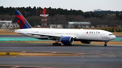 N702DN - Delta Air Lines Boeing 777-200ER