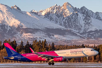 G-WUKI - Wizz Air UK Airbus A321