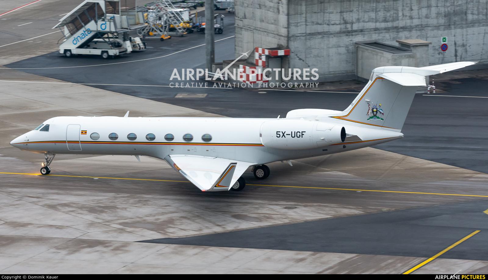 Uganda - Government 5X-UGF aircraft at Zurich