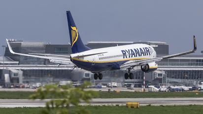 EI-FEG - Ryanair Boeing 737-800