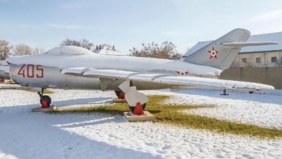 405 - Hungary - Air Force Mikoyan-Gurevich MiG-17PF
