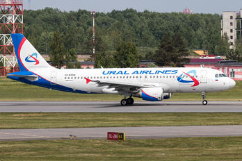 VP-BMW - Ural Airlines Airbus A320