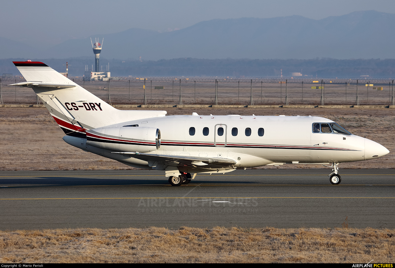NetJets Europe (Portugal) CS-DRY aircraft at Milan - Malpensa