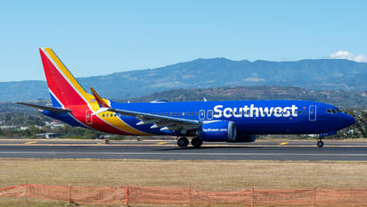 N8716B - Southwest Airlines Boeing 737-8 MAX