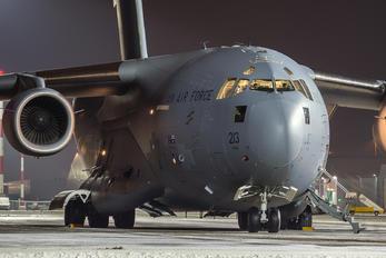 A41-213 - Australia - Air Force Boeing C-17A Globemaster III