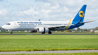 UR-PSP - Ukraine International Airlines Boeing 737-800