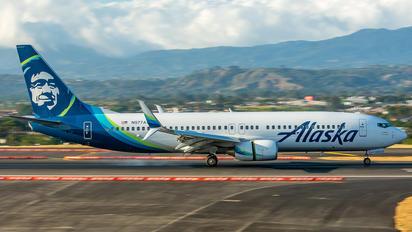 N577AS - Alaska Airlines Boeing 737-800