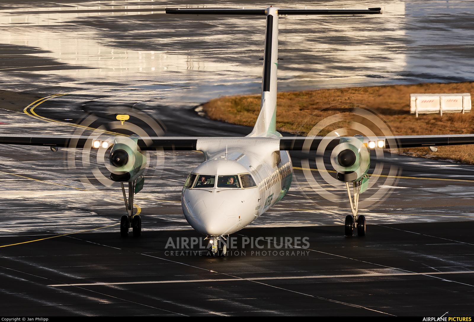 Widerøe LN-WSB aircraft at Bodø