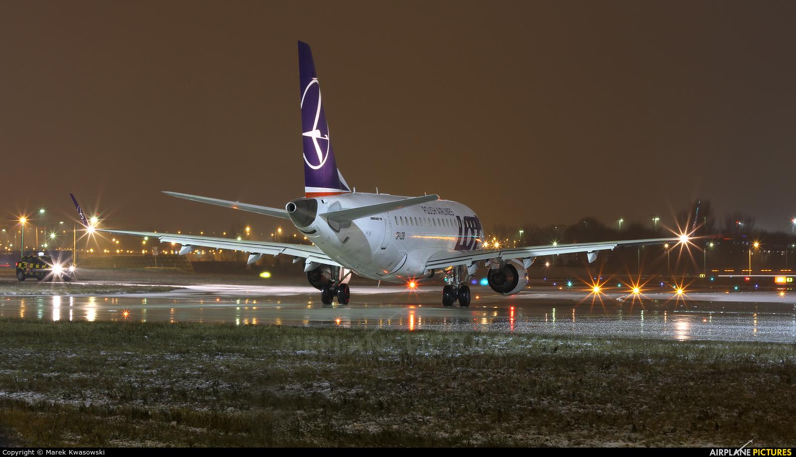 LOT - Polish Airlines SP-LDB aircraft at Warsaw - Frederic Chopin