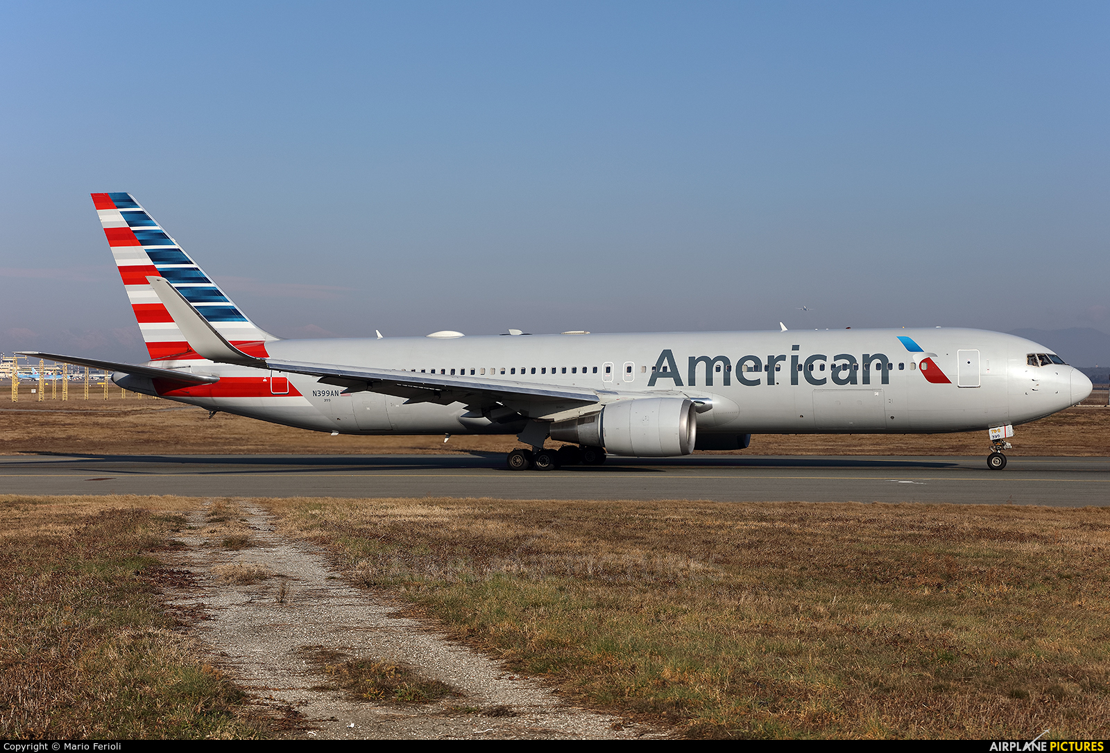 American Airlines N399AN aircraft at Milan - Malpensa
