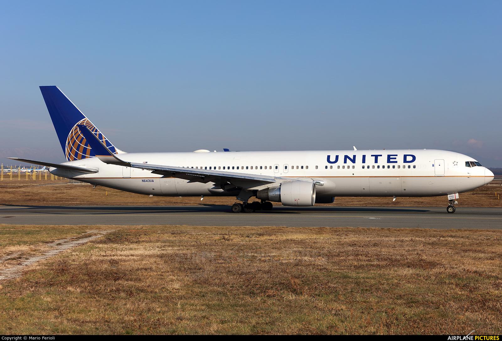 United Airlines N643UA aircraft at Milan - Malpensa